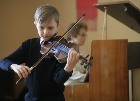 Год столетия возрождения православных братств отметили пасхальным концертом-размышлением