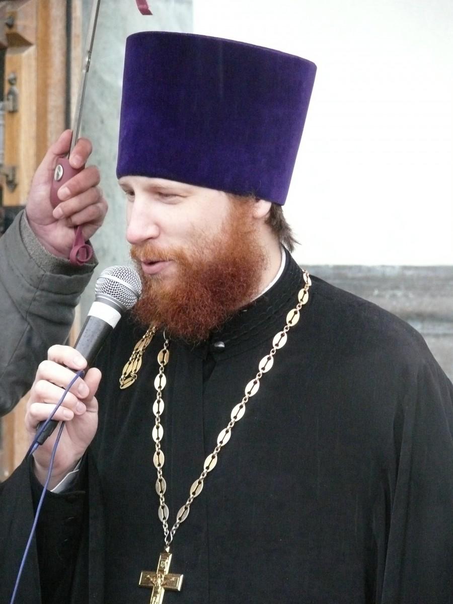 Священник Иоанн Никулин