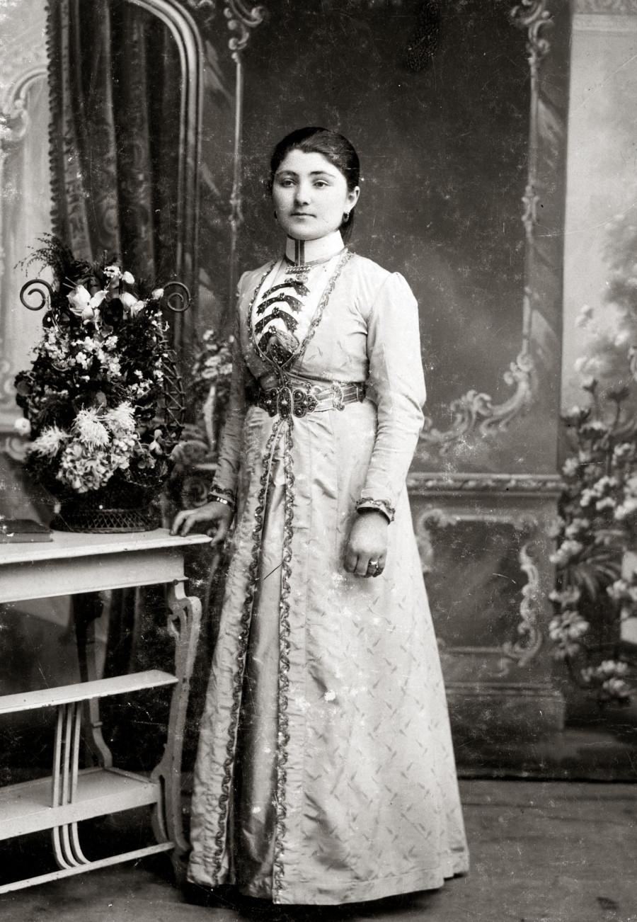 Леби (невеста) 1916 г.