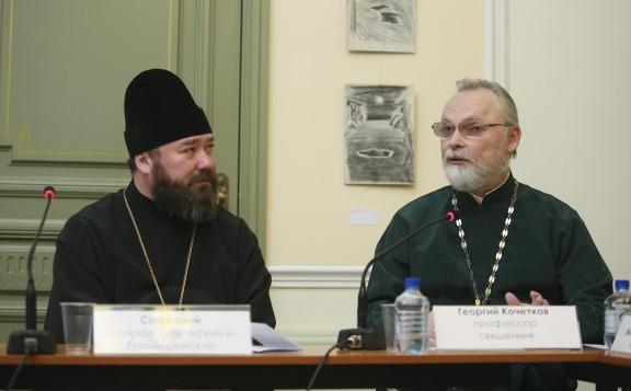 Полноценное участие мирян в богослужении требует не реформ, а восстановления традиции