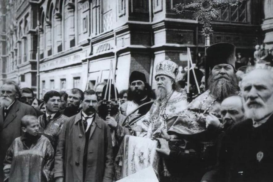 Патриарх Тихон во время Поместного собора 1917-1918 гг.