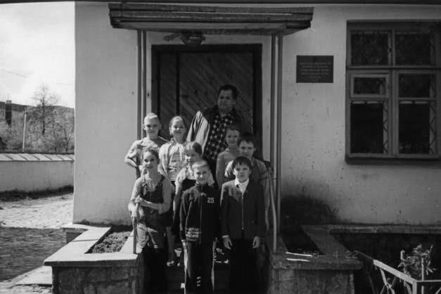 Общеобразовательная православная школа регентов, открытая о.Павлом при Храме Св. Жен Мироносиц в 1992 г. Директор школы — Иван Павлович Адельгейм