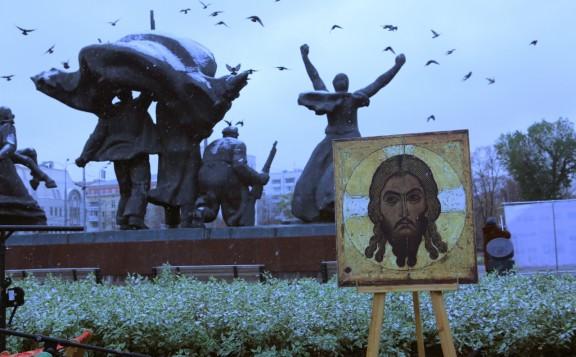 Церковь молится о пострадавших и погибших в годы советских репрессий