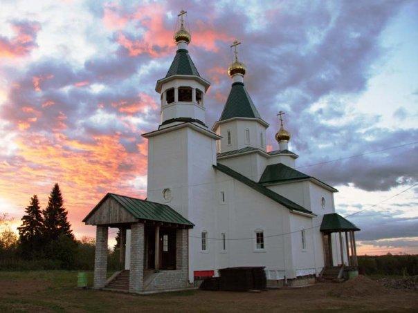 Свято-Троицкий храм в д. Пянда Архангельской области