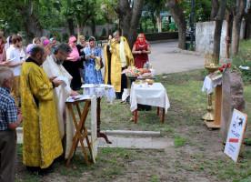 В Кишиневе прошло молитвенное чтение имен репрессированных в день памяти массовой ...