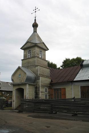Храм сщмч Вениамина (Казанского) в г. Няндома