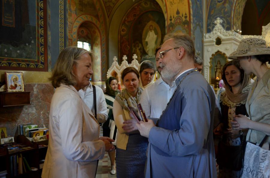 Беседа с графиней Анной Воронцовой после литургии