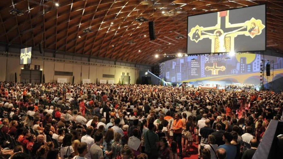Встреча участников движения «Comunione e Liberazione» («Общение и освобождение»)