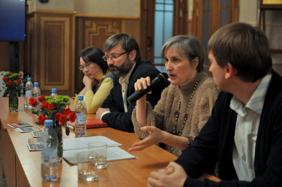 Слева направо: Анастасия Наконечная, Олег Глаголев, Юлия Балакшина, Алексей Евстигнеев