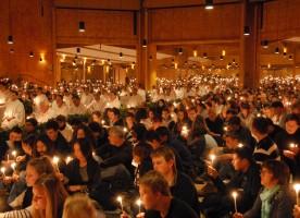 В Гонконге христианская экуменическая община Taize проводит неделю молитв за доверие и ...