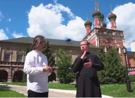 Созданы видеогиды по московским монастырям для глухих людей