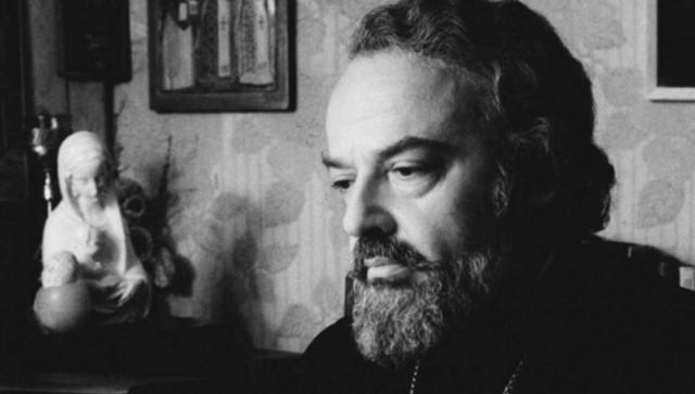 9 сентября был убит протоиерей Александр Мень (1935–1990)