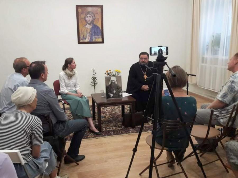 Анна Лепёхина и протоиерей Георгий Митрофанов