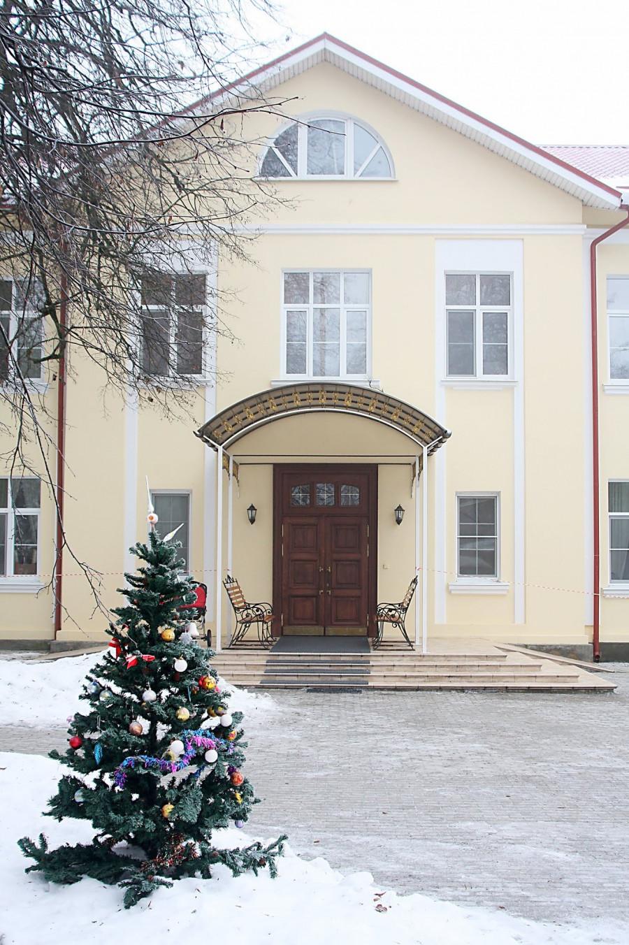 Братский дом