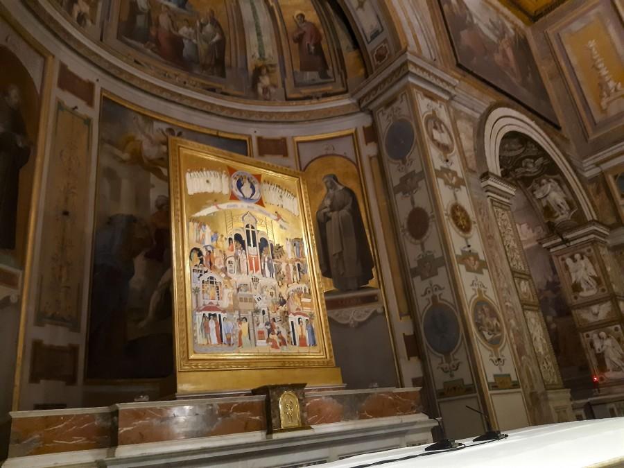 Икона новомучеников ХХ и ХХI века в базилике святого Варфоломея. В центре иконы – образ святителя Тихона (Белавина)