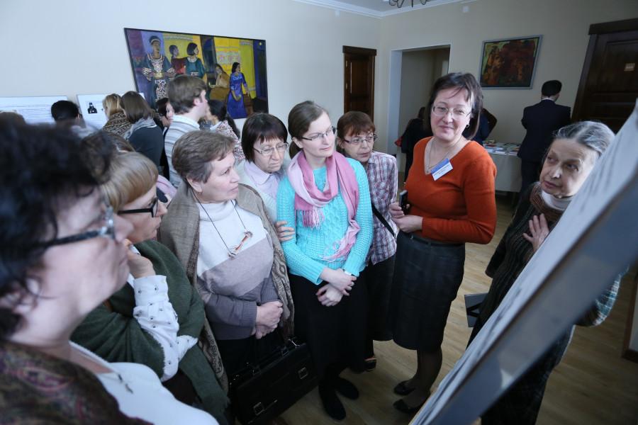 Вторая справа – Татьяна Беляева, бакалавр теологии, СФИ