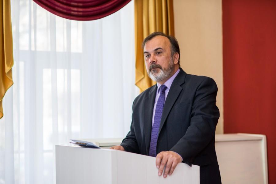 Виктор Ерастов