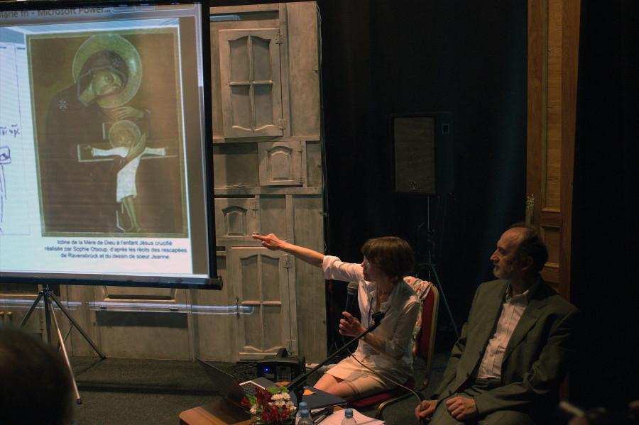 Татьяна Викторова, секретарь редакции журнала «Вестник РХД», Александр Копировский, профессор СФИ