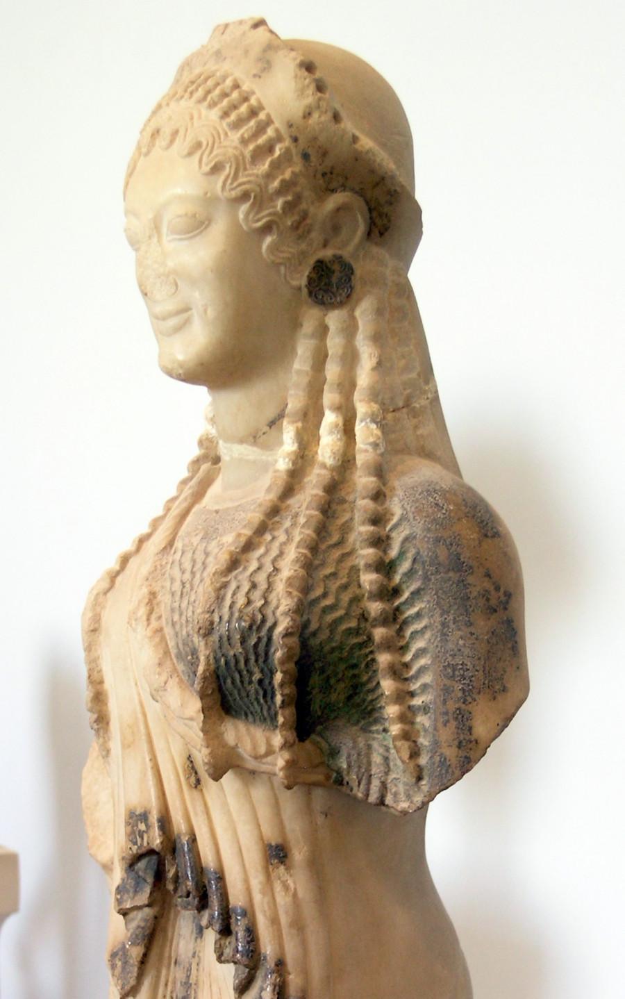Кора с острова Хиос. Скульптор Архерм, ок. 520-510 до н.э. Афины, музей Акрополя
