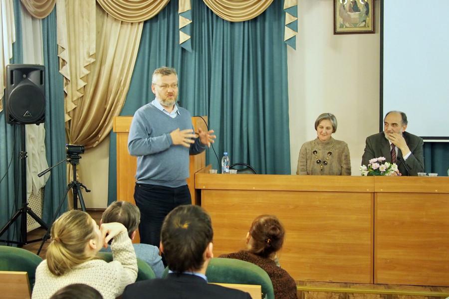 Старший научный сотрудник ГМИР Александр Буров