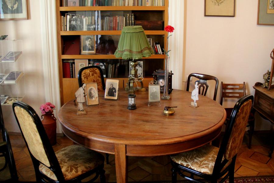 В доме-музее Тициана Табидзе