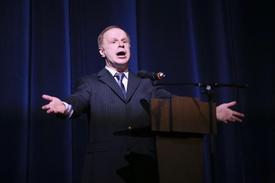 Авангард Леонтьев, актёр театра и кино, народный артист России,исполнил стихотворение Александра Пушкина «Бесы»