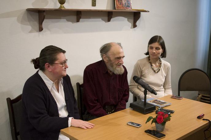 Ведущая встречи С. Чукавина, А.П.Арцыбушев, соведущая И.Елисеева