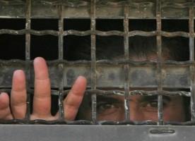 В Иране четверо христиан отправлены в тюрьму на 10 лет, а еще четверо ожидают приговора