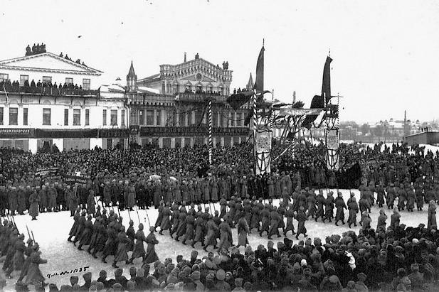 Демонстрация в честь Февральской революции, 1917 г.