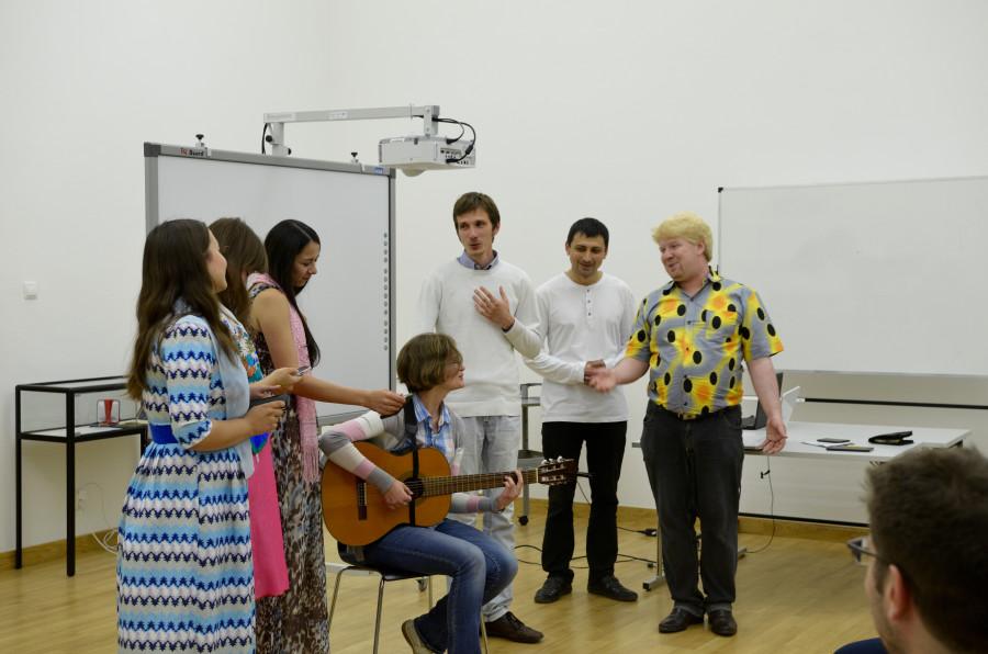 Пение русских песен