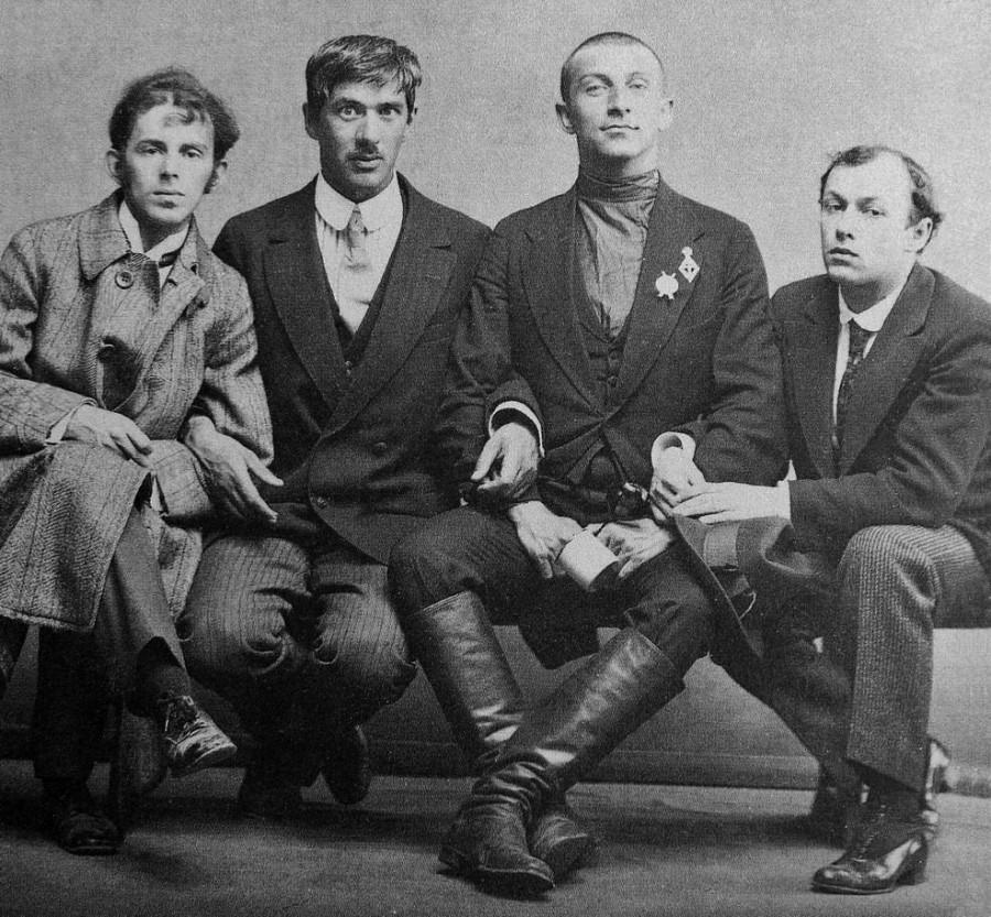 Осип Мандельштам, Корней Чуковский, Бенедикт Лившиц, Юрий Анненков. 1914 год.