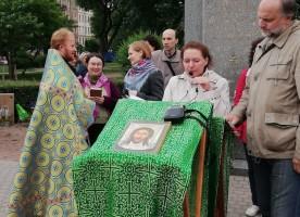 Троицкая родительская суббота. Поминовение погибших «Хотелось бы всех поименно назвать...»