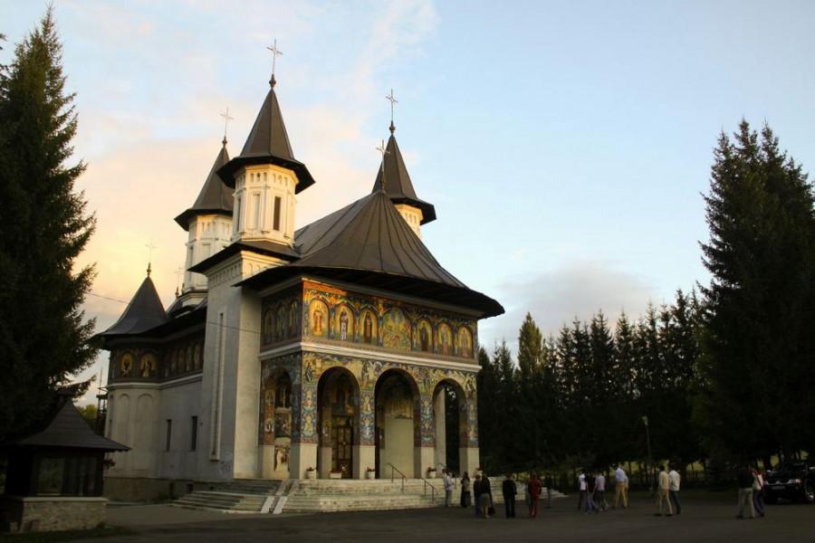 Храм Нямецкой православной богословской семинарии им. Вениамина Костаки