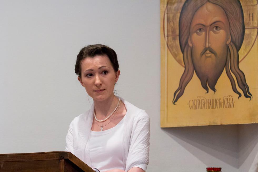 Алина Патракова, автор диплома «Богословие безопасности в XXI веке: антропологический аспект», впервые заинтересовалась этой темой семь лет назад, учась на филологическом факультете в университете Сибиу (Румыния)