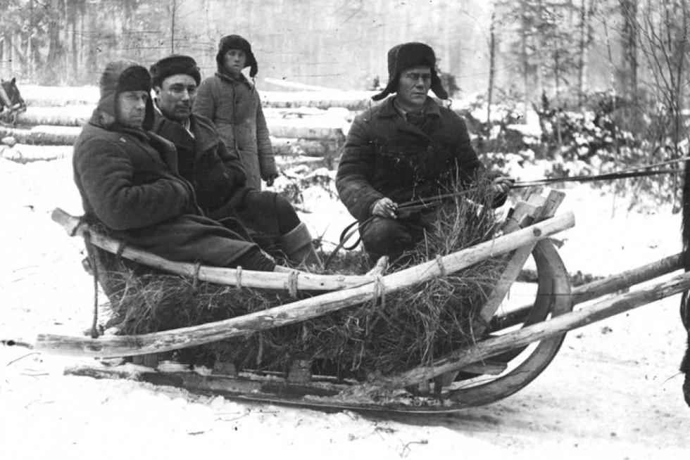 Узники ГУЛАГа за работой 1936-1937 годы. Фото: Wikimedia Commons