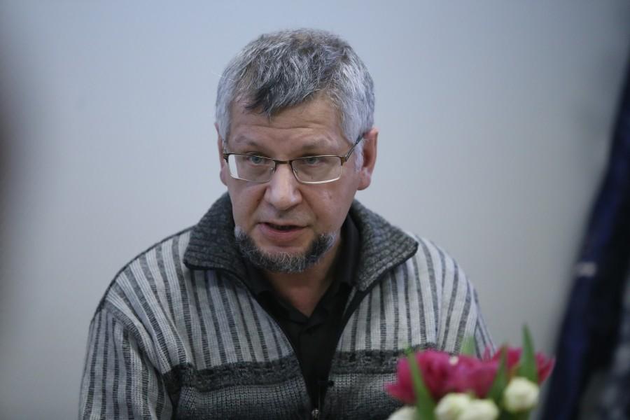 Максим Пулькин, старший научный сотрудник ИЯЛИ КарНЦ РАН, рассказал о православных братствах Олонецкой епархии