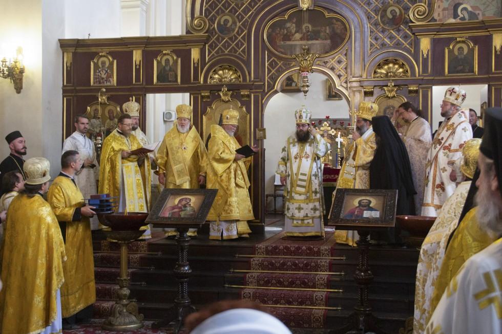 Литургия в храме святых равноапостольных Кирилла и Мефодия
