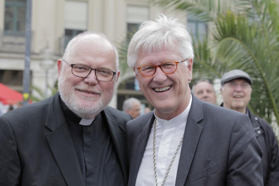 Кардинал Рейнхард Маркс, председатель Конференции католических епископов Германии, и епископ Генрих Бедфорд-Штром, председатель совета Евангелической церкви Германии