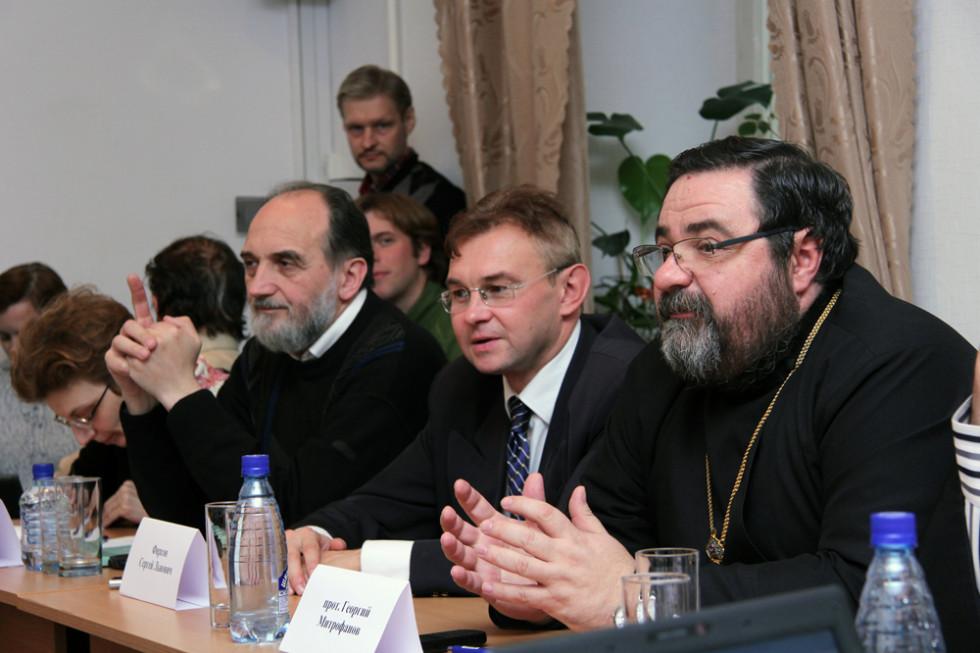 Заведующий кафедрой церковной истории СПбДА профессор протоиерей Георгий Митрофанов; доктор исторических наук