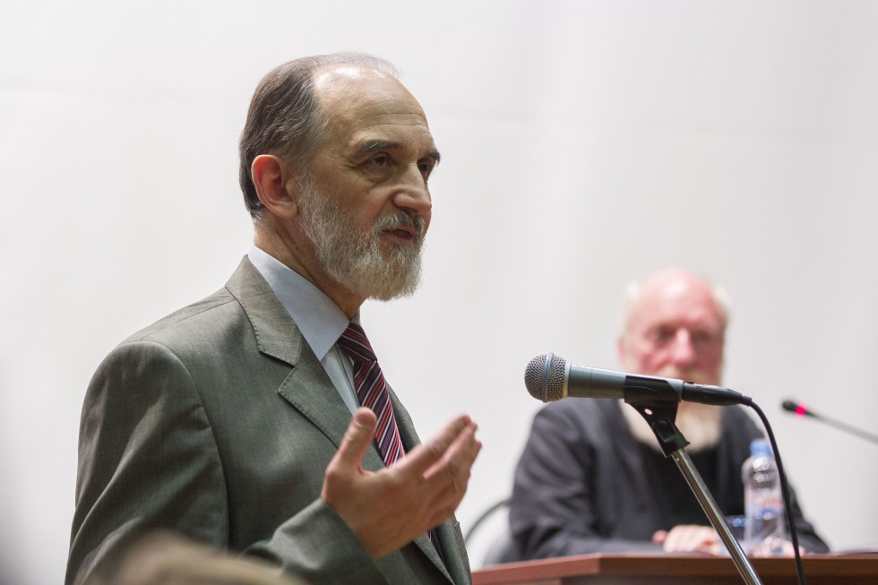 Александр Копировский, профессор и учёный секретарь СФИ, преподаватель курсов «Введение в богословие» и «Религиозная эстетика»