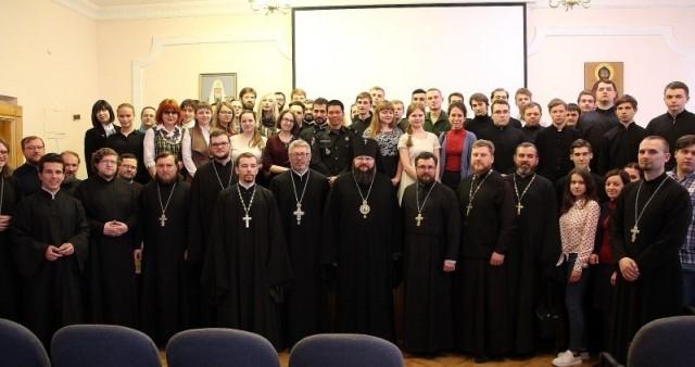 Об интерпретации грехопадения в наследии Бердяева рассказала в Смоленской семинарии магистрант СФИ
