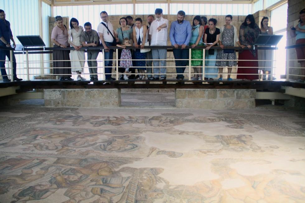 В храме Аполлона в Като-Пафосе