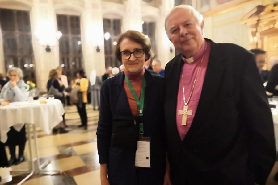 Лютеранский епископ Христиан Краузе и проректор Свято-Филаретовского института по учебной работе Лариса Мусина