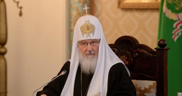Патриарх призвал расширить возможности получения высшего богословского образования для мирян