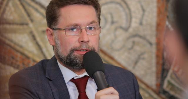 Дмитрий Гасак: eдинство православных едва ли достижимо лишь на тех путях, на которых его ищут