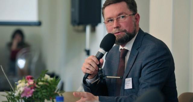 Дмитрий Гасак: вопрос о том, что созидает церковное собрание, остаётся открытым