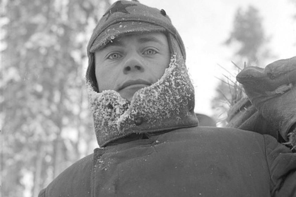 Красноармеец в лагере для военнопленных около финского города Карвиа. 6 января 1940 годаФото: SA-kuva