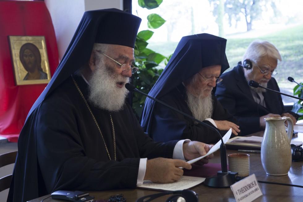 Патриарх Александрии и всей Африки Феодор II,Патриарх Константинопольский Варфоломей, основатель Бозе Энцо Бьянки