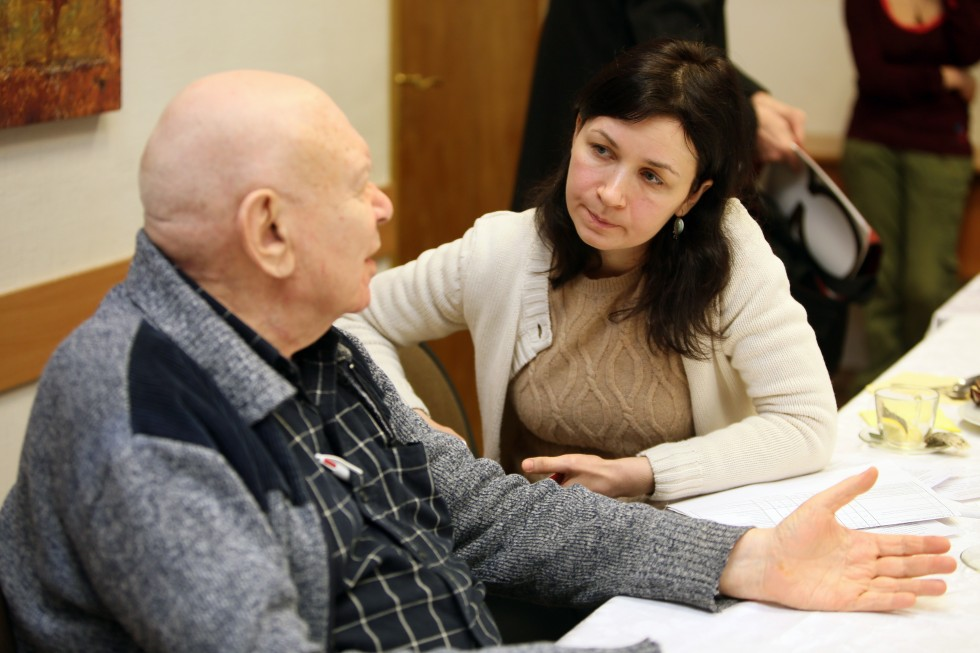 Теодор Шанин и Ольга Шалковская на экспертном совете по социальной работе в Свято-Филаретовском институте