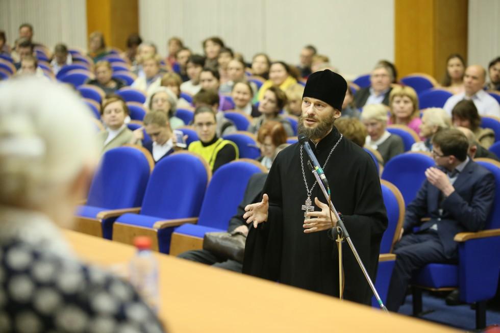 Иеромонах Геннадий (Войтишко), руководитель информационной службыОтдела религиозного образования и катехизации